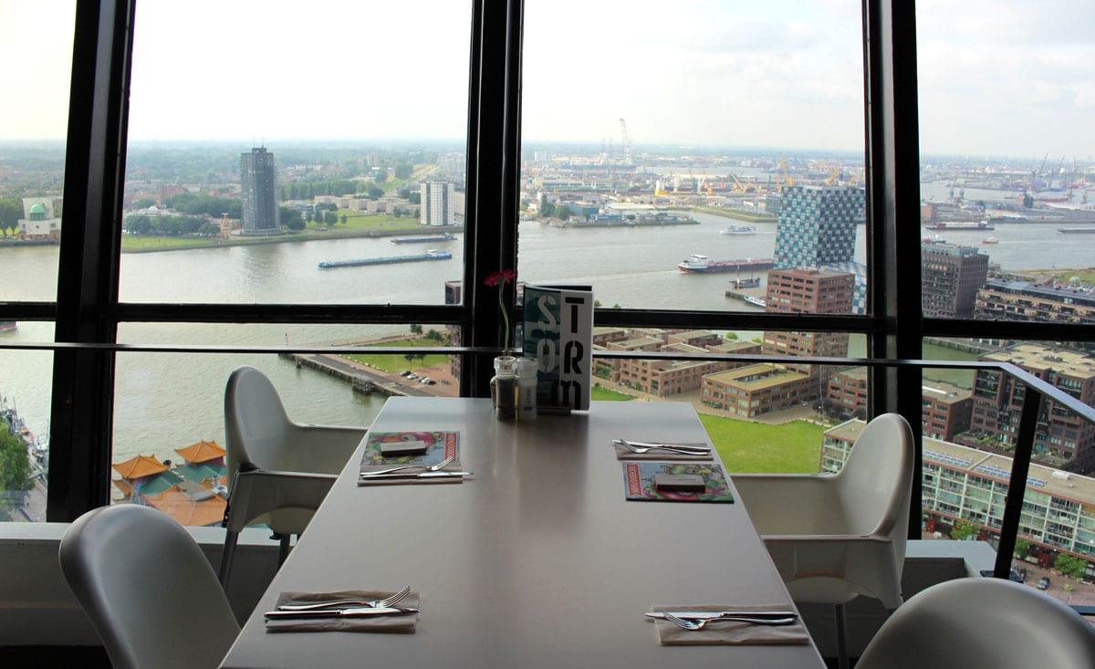 sehenswuerdigkeiten-rotterdam-reisetipps-suedholland-reisetipps-niederlande-euromast-restaurant